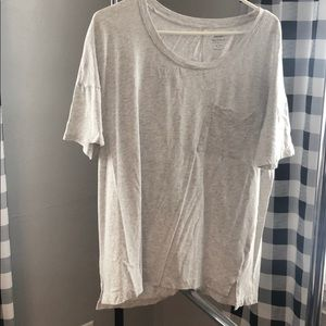 Tops - Old Navy T-Shirt